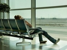 7 tips to pass the time during a flight delay